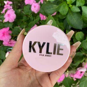 Kylie Cosmetics Setting Powder